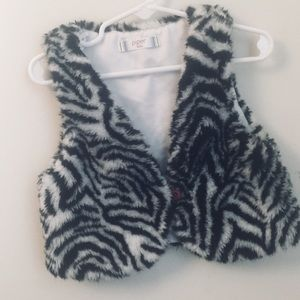 Other - Piper Baby zebra print faux fur Sleeveless vest 4T